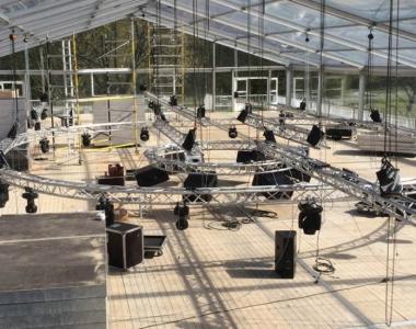 Structure & Décor – Longchamp's Summer Shelter